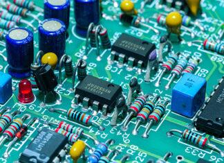 Tranzystor IGBT a MOSFET